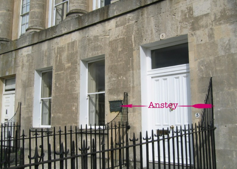 Location of plaque at  5, Royal Crescent