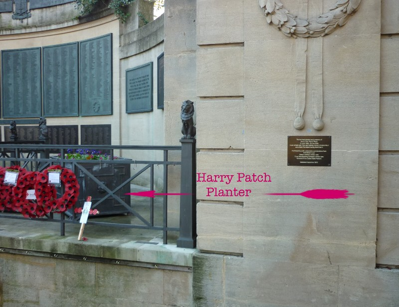 Location of plaque at Queen's Parade